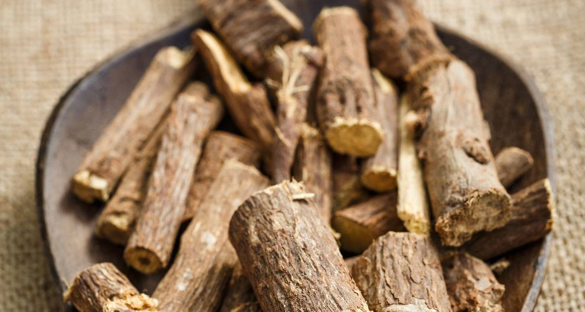 The antiviral and antimicrobial activities of licorice, a widely-used Chinese herb
